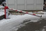 Фирма продава автоматика за бариери