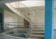 Облицовка на стълби по индивидуална поръчка
