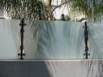 Ограда от стъкло - изработка по индивидуален проект
