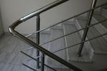 парапет иноксов за стълбище