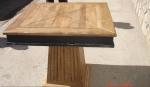 състарени маси и столове от дъб