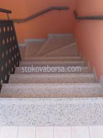 облицовка с гранит на стълбище