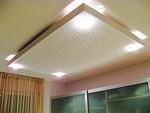таван с LED осветление