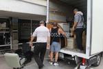 качване на мебели и обзавеждане в камион