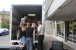 хамали по поръчка за качване на товари в камион