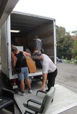 качване на товари в камион по поръчка