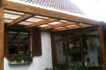 дървена пергола за градината по индивидуален проект