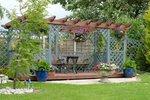 монтаж на дървена пергола за градината