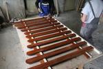 дървени огради по поръчка боядисани с безцветен лак