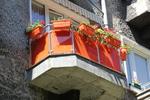 парапет за тераса от инокс и червено стъкло