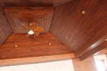изработка на дървена покривна конструкция