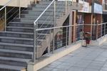 изработка на алуминиеви парапети за стълби по поръчка