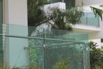фирма за парапети за балкони от стъкло и неръждаема стомана