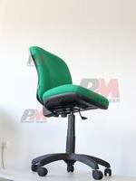 въртящи офис столове за управители